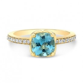 14K Yellow Gold Blue Sapphire With Diamonds Side Stones Ring